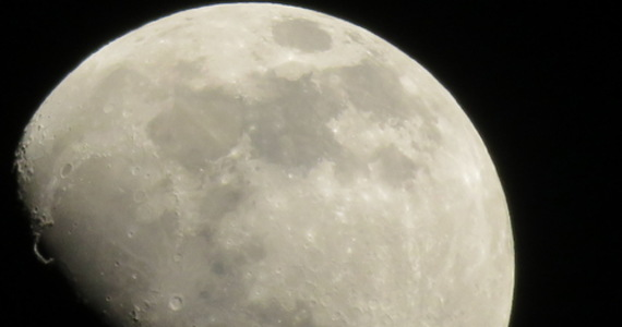 Scientists want to place the radio telescope on the other side of the moon