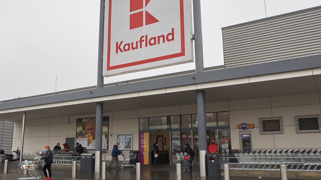 """Kaufland.  Postal services in all stores.  This """"allows you to work on non-business Sundays"""""""