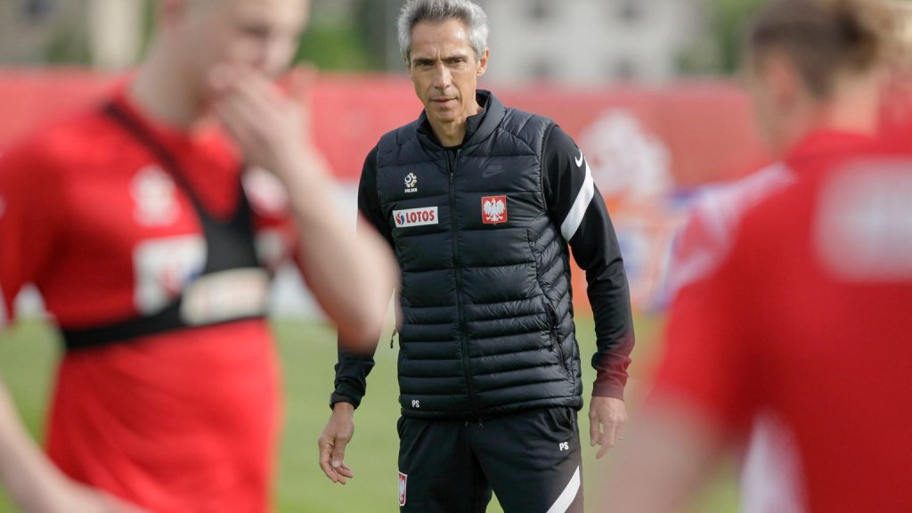"""Paulo Sousa has not returned to the idea of a stuntman.  """"I don't want to move him"""" Polish national team"""
