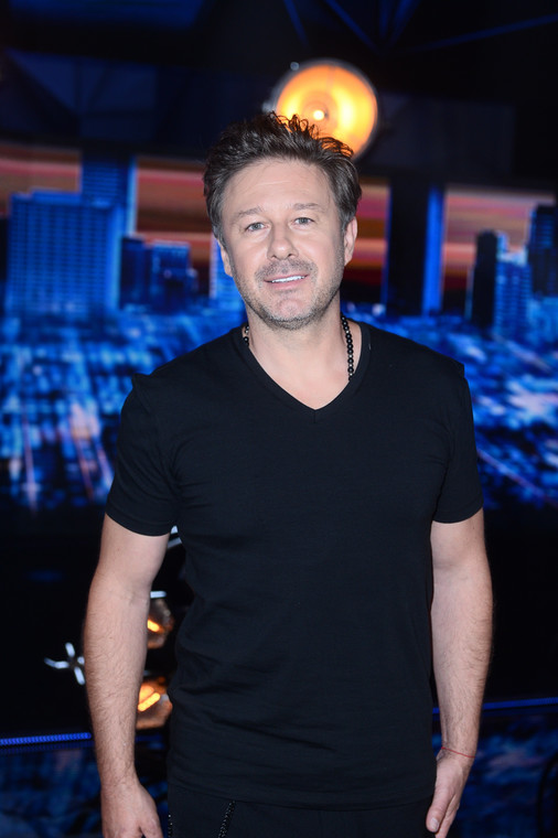 """Andrzej Piaseczny announced the release of the song """"the love"""" And a music video for him"""