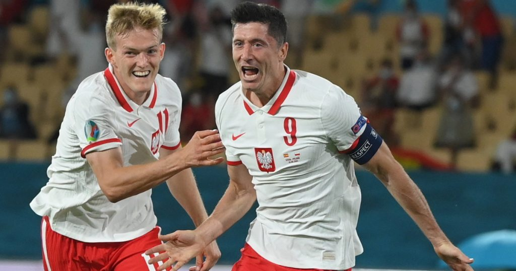 Poland Sweden.  Poland must win.  Two points will not be enough to advance in Euro 2020