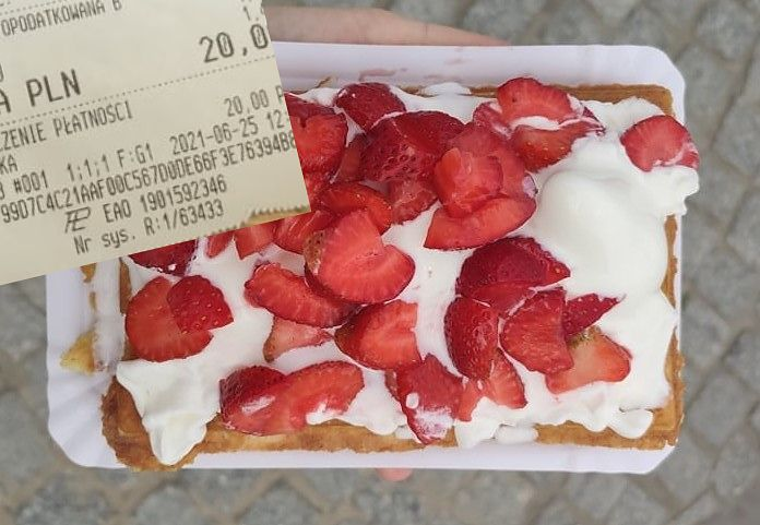 """""""Terror Receipts"""" on the Baltic Sea.  I looked for the most expensive cake on the Sopot promenade"""