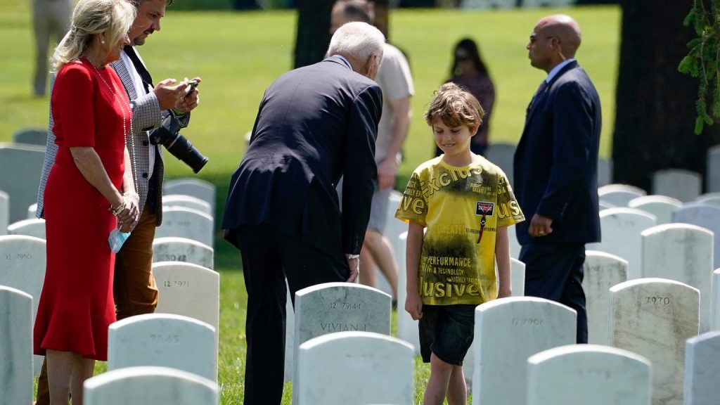 United States.  The Polish journalist and his family visited the military cemetery.  There Joe Biden spoke to them |  World News