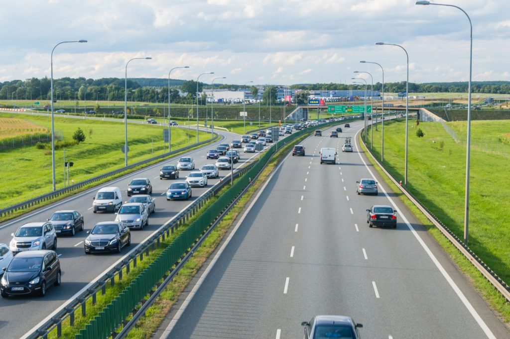 Driver, find out how to avoid a fine of 500 PLN by driving on the highway.  Don't get caught up in the modern system
