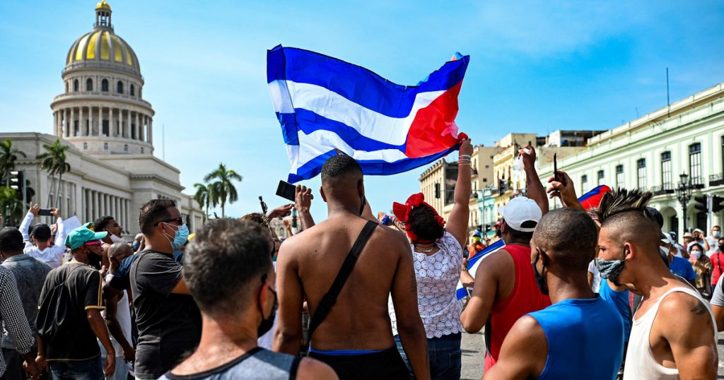 A Polish woman living in Cuba: the situation is tragic.  Essential medicines are missing