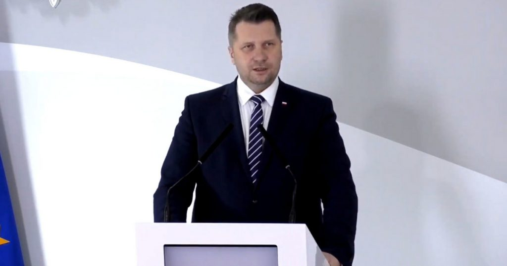 Close partner of Minister Czarnik with a new job.  Resignation of the Director of the International Education Office