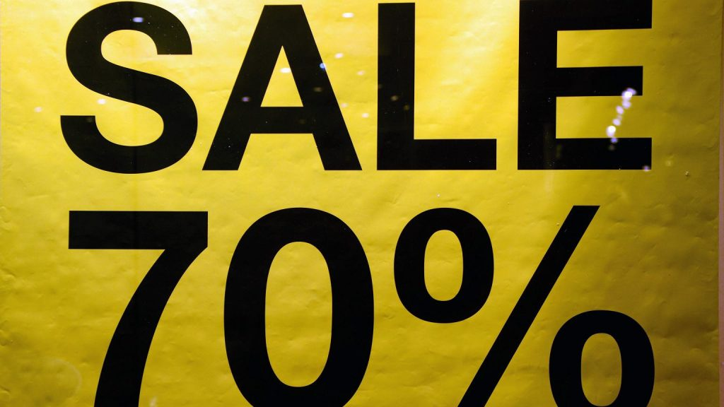 Note for sale in stores.  UOKiK prepares for changes to commercial law