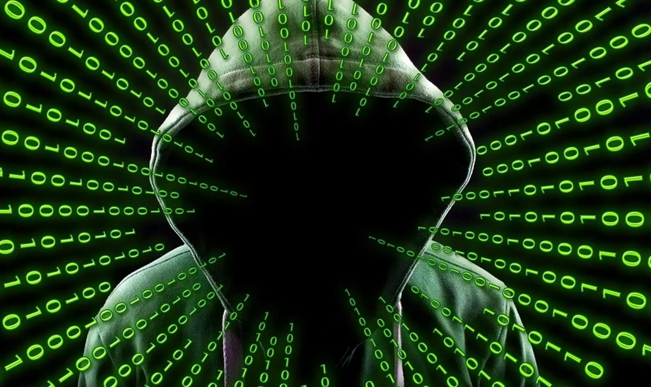 Hackers hand over encryption keys