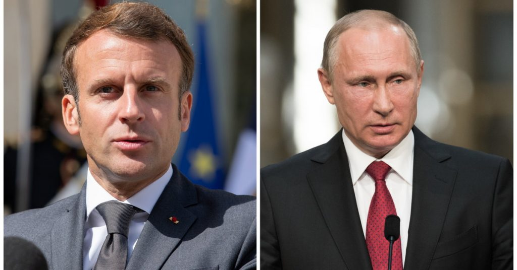 The presidents of France and Russia spoke by phone about improving mutual relations