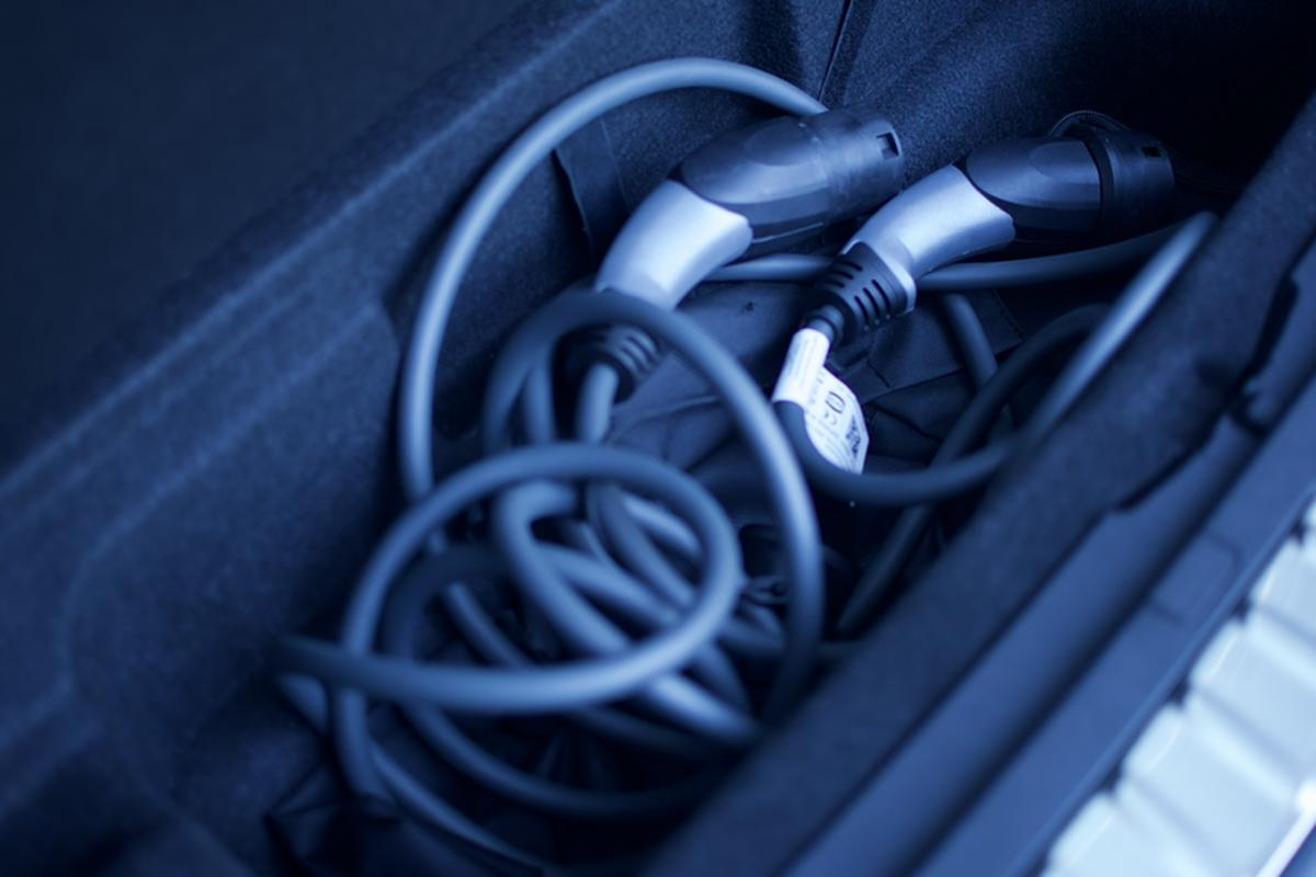 The boot capacity of the base BMW iX3 is 510 liters.  There is a storage compartment under the floor for charging cables.