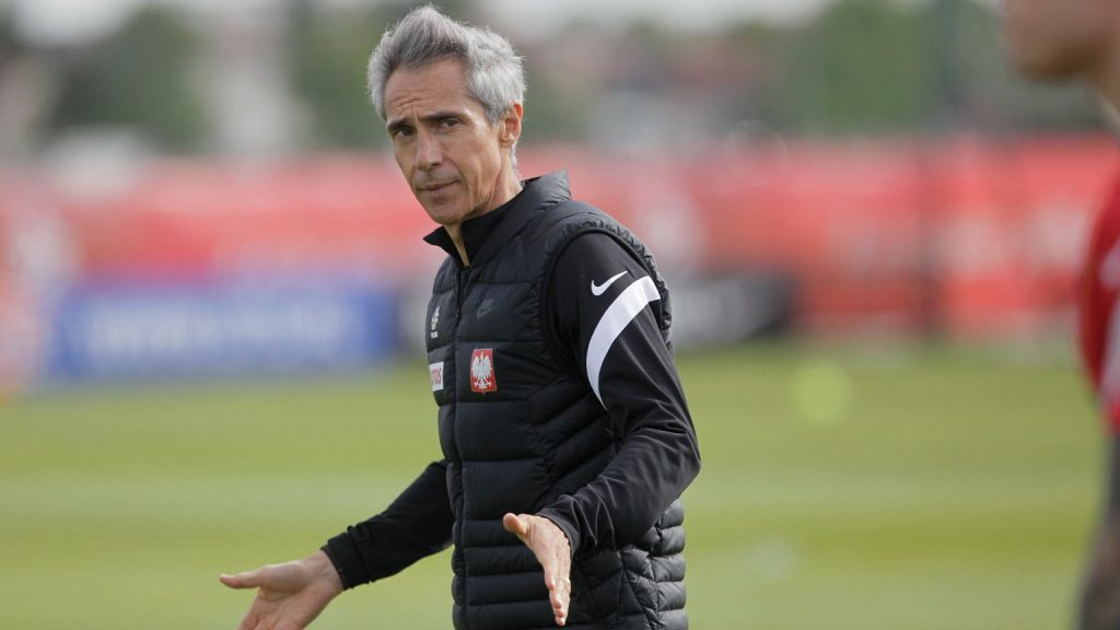 Deleted by Paulo Sousa from the appointments.  The Polish national team is angry with the Polish national team