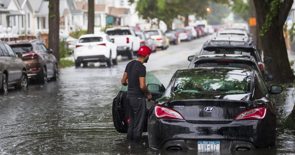USA: Henry attacked New York.  Roads flooded and canceled flights [GALERIA]