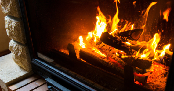 What do you look for when choosing wood for heating?  We explain